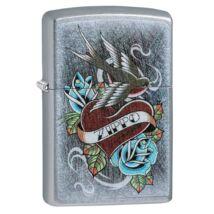 29874 Zippo öngyújtó, fényes ezüst színben, szív motivummal és zippo logóval