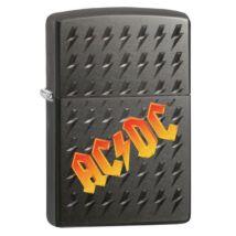 49014z Zippo öngyújtó Matt feketeszínben Zippo öngyújtó AC / DC ®