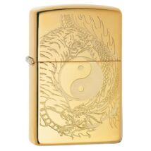 49024z Zippo öngyújtó  arany színben, Yin Yang szimbólum körül, tigris és sárkány
