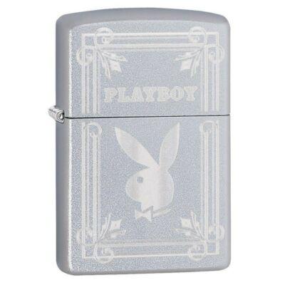 49006z Zippo öngyújtó selyemfényű króm színben, -Playboy Díszdobozban