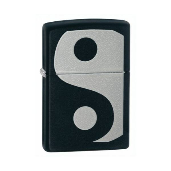 24472 Zippo öngyújtó matt fekete színben - YIN & YANG mintával díszítve
